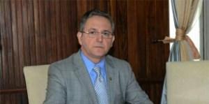 Justiça eleitoral determina retirada de perfis falsos contra Cida no Twitter e Facebook