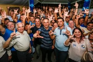 """Ex-prefeito Carlos Mangueira declara apoio a Cartaxo: """"Ele representa o futuro"""""""