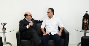 Cartaxo recebe senador Deca do Atacadão para discutir apoio à gestão municipal