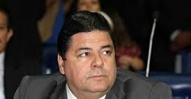 Após reprimenda do PSDB, Mineral diz que continuará apoiando o governador na AL