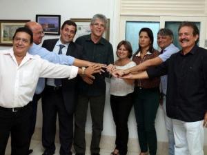 Prefeita e vice de Pilõezinhos deixam PSDB e se filiam ao Partido do governador