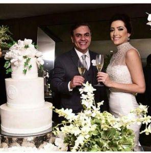 Apesar de discrição, casamento de Cássio repercute nas redes sociais