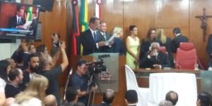 Marcos Vinícius vai criar comissão para atualizar leis e regimento interno da CMJP
