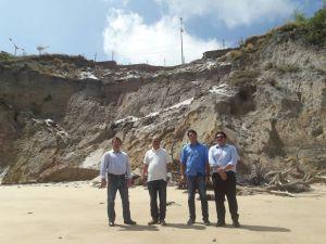 Bancada de Oposição inspeciona barreira do Cabo Branco e cobra ações da prefeitura