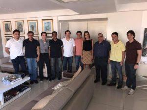 Em João Pessoa, Rodrigo Maia consegue voto de nove dos 12 deputados paraibanos