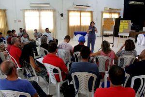 Marcia Lucena diz que vai regularizar salários atrasados dos servidores de Conde