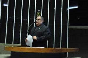 Na tribuna da Câmara Federal, Rômulo destaca pleitos de prefeitos da Paraíba