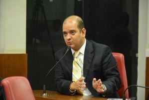 Sancionada lei que determina aos bancos contratarem vigilância 24h