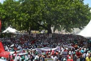 Trabalhadores rurais lotam Praça dos Três Poderes para discutir Reforma da Previdência