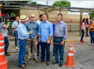Luciano Cartaxo visita obras no Terminal de Integração e Semob orienta sobre mudanças