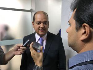 """Bruno admite baixas na oposição: """"O poder de sedução do governo se impõe"""""""