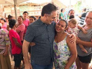 Luciano Cartaxo visita comunidade e é recepcionado com café da manhã