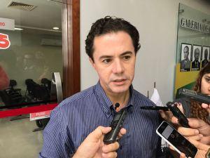 Veneziano defende candidatura própria do PMDB, mas sem improvisações
