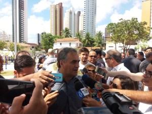 """""""Na violência não tem como estabelecer diálogo"""", avisa cartaxo aos agentes de saúde"""