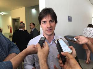 Pedro vota pela investigação de Temer e não descarta disputar Governo do Estado