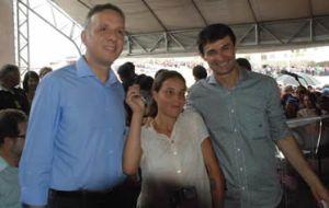BASTIDORES: Romero e Aguinaldo conversam demoradamente em aeroporto