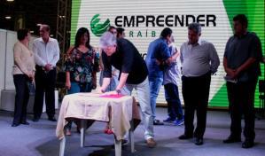 Ricardo libera R$ 1,4 milhão em créditos para mais de 200 empreendedores da PB