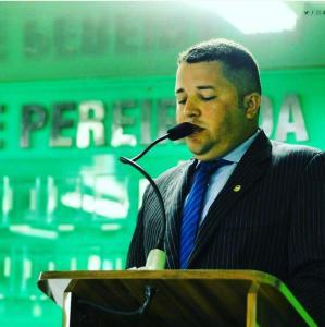 Luiz Antônio convida vereador para liderar bancada, mas parlamentar diz que vai pensar