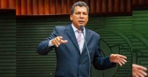 Deputado anuncia ação no STF contra suspensão do fim do racionamento