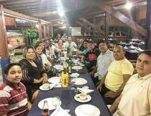 BASTIDORES: Márcia Lucena comemora vitória na Câmara de Conde com jantar entre aliados