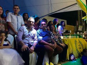 Cartaxo prestigia emancipação política de Mari e defende união para sanar problemas da PB