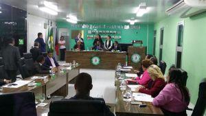 Por unanimidade, Câmara de Bayeux acata pedido de cassação de Luiz Antônio
