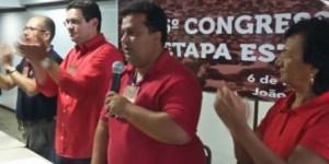 """Petista manda recado para RC: """"Se o PSB se aproximar do PMDB, o PT está fora"""""""
