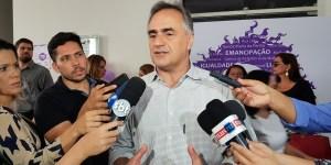 Cartaxo assegura que servidores já vão receber salários de janeiro com reajuste do salário mínimo