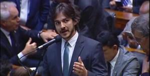 """Na Câmara Federal, Pedro Cunha Lima cobra gesto dos deputados: """"Precisamos cortar na própria carne"""""""