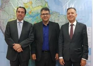 Aguinaldo Ribeiro participa de reunião com o ministro Gilberto Occhi e prefeitos paraibanos