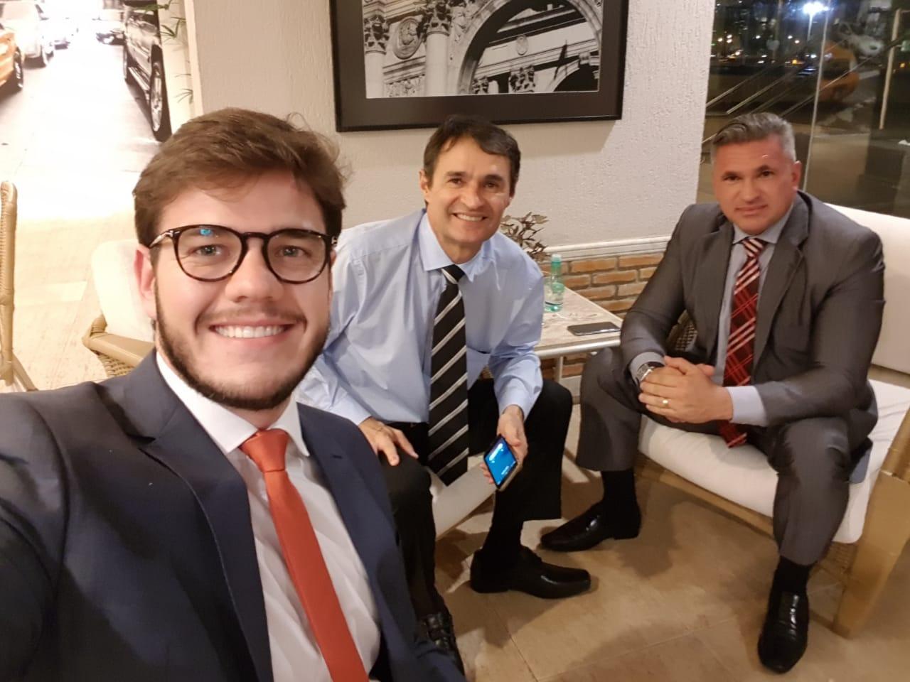 BASTIDORES: Em Brasília, Romero e Bruno articulam apoio do PSL de Bolsonaro