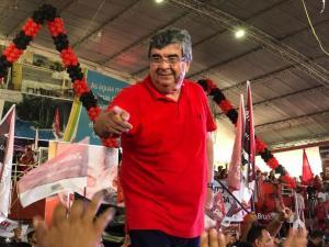 """""""A gente não precisa de contracheque do estado, nem da prefeitura para conseguir votos"""", diz Roberto Paulino"""