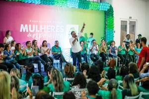 FORÇA FEMININA: Mulheres da Esperança lotam encontro com Lucélio no Brejo
