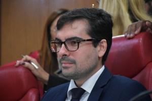 "Lucas de Brito comemora novo edital para o projeto ""Aprendiz de Vereador"""