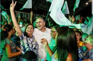 """Lucélio abraça militância de Cajazeiras: """"uma união pelo fortalecimento do Sertão"""""""