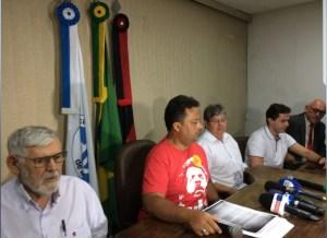 Com ausência de Ricardo em coletiva, petistas apresentam carta de Lula em apoio a João Azevêdo