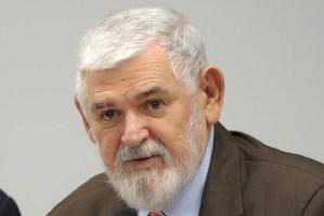 Luiz Couto é multado em R$ 175 mil por propaganda de apoiador acima do limite legal