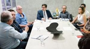 Vereadores e entidades debatem a implantação do selo 'Estabelecimento Acessível' na Capital