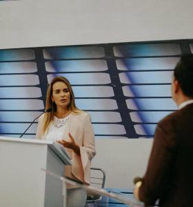 """TV Master: """"Dá vergonha a sua mudança de discurso"""", diz Daniella para Veneziano"""