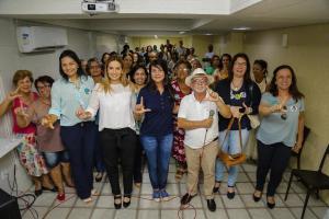 """A Paraíba tem muitos talentos e eles precisam de oportunidades"""", diz Daniella em reunião com artesãos"""