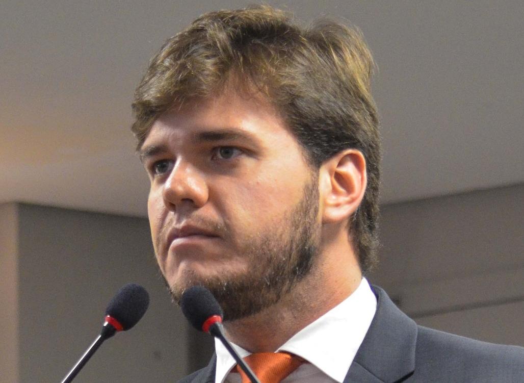 Na tribuna da ALPB, Bruno Cunha Lima critica resistência da esquerda à vitória de Bolsonaro