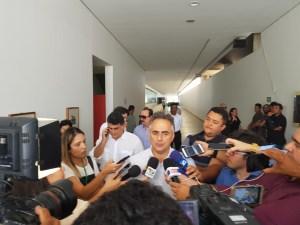 Cartaxo evita comentar envolvimento de Manoel Junior na Lava Jato e diz que relação com vice é institucional