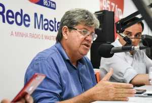 João Azevêdo destaca metas da Comissão de Transição do Governo