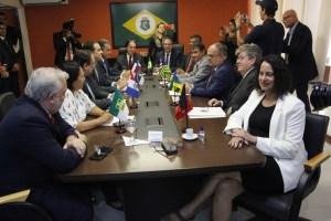 João Azevêdo defende diálogo com governo federal para solucionar problemas do Nordeste