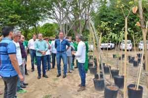 Prefeito visita Viveiro Municipal e destaca trabalho da PMJP no plantio de árvores nativas e preservação do meio ambiente