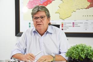 João Azevêdo inaugura obras no Sertão e autoriza adutora de Cajazeiras nesta quarta-feira