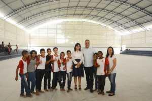 Cartaxo entrega novo padrão do ginásio da Escola Duque de Caxias, no Costa e Silva