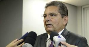 Adriano Galdino apresenta projeto de lei que institui o dia de conscientização e combate às fake news