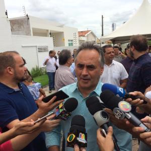 """""""Deixa o Gaeco trabalhar"""", diz Cartaxo quando questionado sobre a Operação Calvário"""