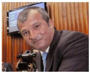 Branco Mendes se licencia e Trócolli Júnior assume vaga na ALPB; posse será nesta terça-feira